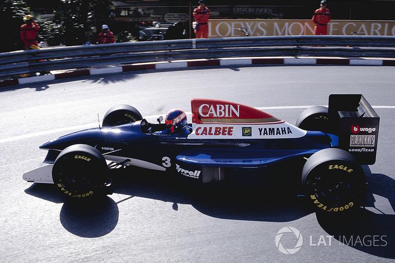 "6. <img src=""https://cdn-0.motorsport.com/static/img/cfp/0/0/0/100/110/s3/japan-2.jpg"" alt="""" width=""20"" height=""12"" />Ukyo Katayama, 95 Grandes Premios (1992-1997), el mejor resultado es el 5° lugar en (Brasil 1994 y San Marino 1994)."