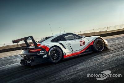 2017 Porsche 911 RSR unveiling