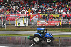 Tractor dries the track