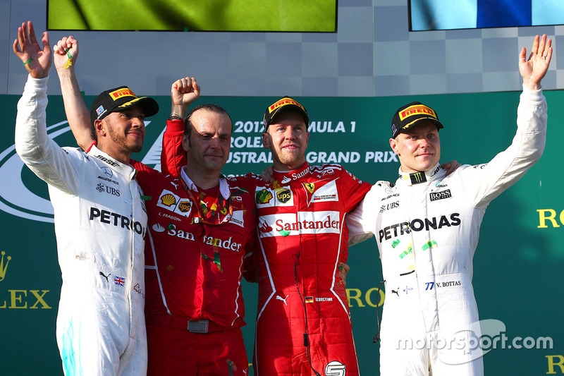 Avustralya GP, Podyum: Yarış galibi Sebastian Vettel, Ferrari, 2. Lewis Hamilton, Mercedes AMG F1, 3.  place Valtteri Bottas, Mercedes AMG F1