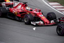 Sebastian Vettel, Ferrari SF70H, crash