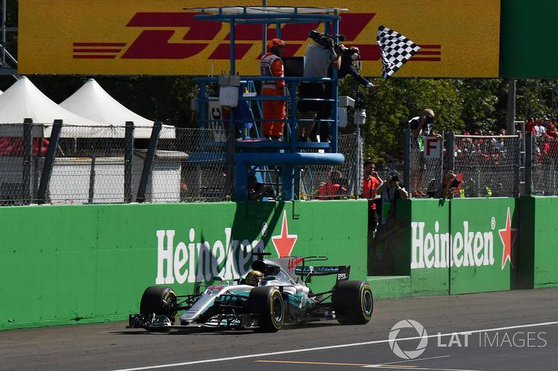 2017 - Lewis Hamilton (Mercedes)