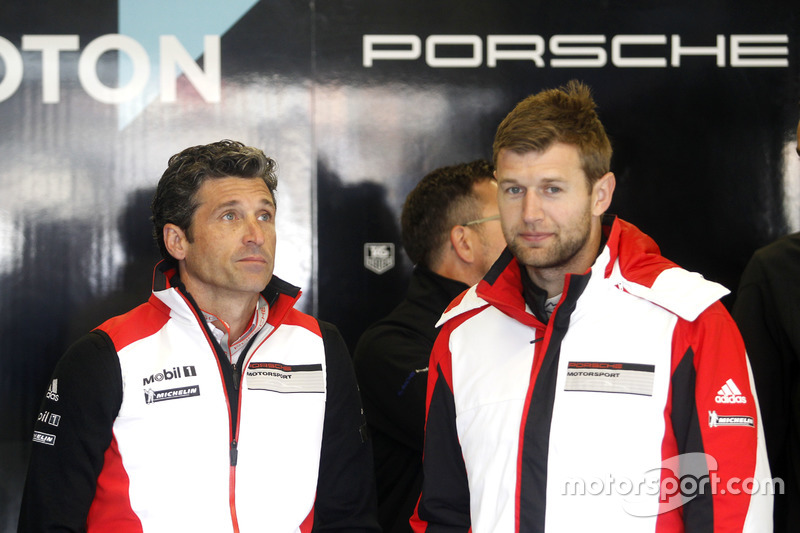 #77 Dempsey Proton Competition Porsche 911 RSR: Michael Christensen con Patrick Dempsey
