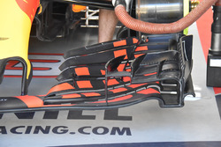 Red Bull Racing RB13 detail front wing