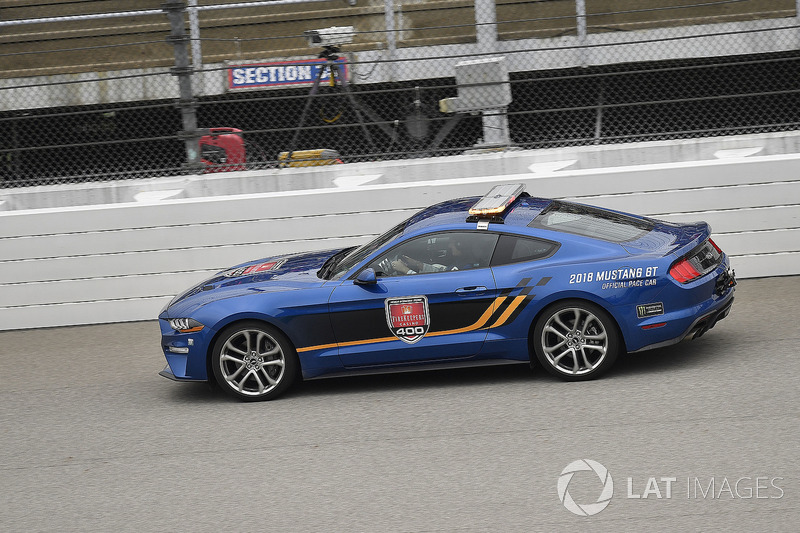 Ford pace car