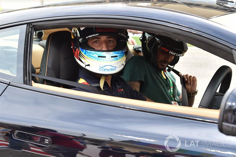 Daniel Ricciardo, Red Bull Racing at Pirelli Hot Laps