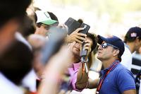Fans meet Rubens Barrichello