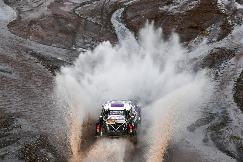 8. #334 Toyota: Петер ван Меркстайн, Мацей Мартон