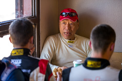 Nobuhiro Tajima (Monster) talking with Romain Dumas after the race