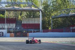 Себастьян Феттель, Ferrari SF15-T, с шинами Pirelli 2017 года