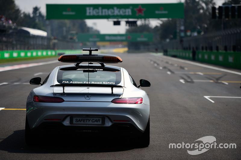El coche de seguridad FIA