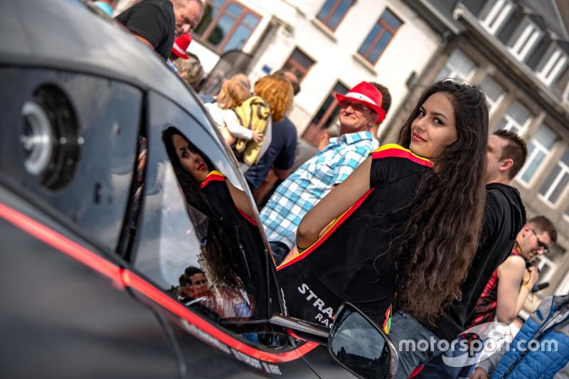 Chica Strakka Racing