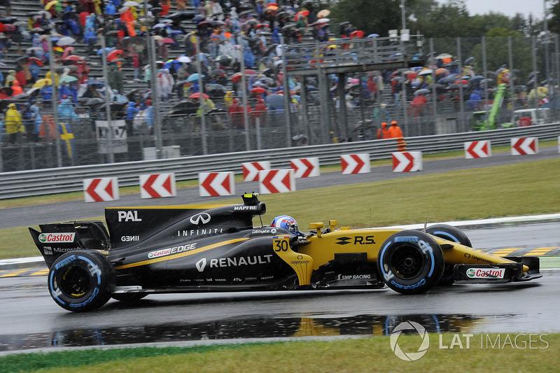 17: Jolyon Palmer, Renault Sport RS17 (termasuk penalti 15 grid)