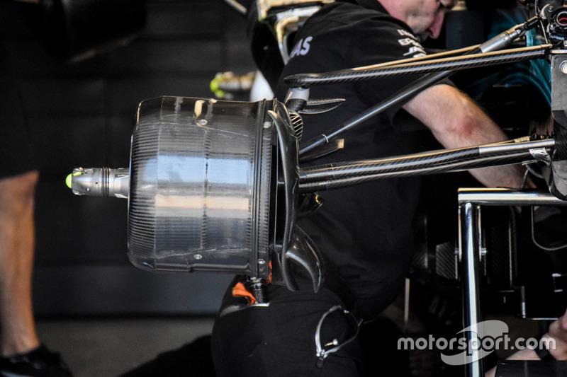 Передние тормоза Mercedes F1 W08