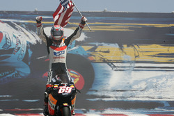 Nicky Hayden, Repsol Honda Team, fête sa victoire