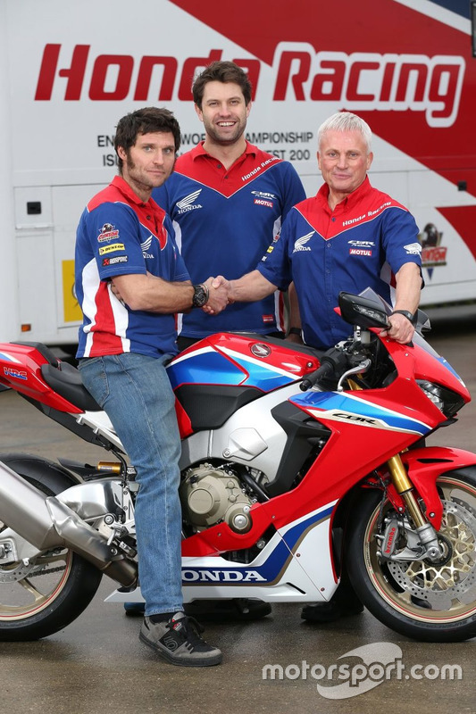 Guy Martin, Honda Racing con Neil Tuxworth, Team Manager