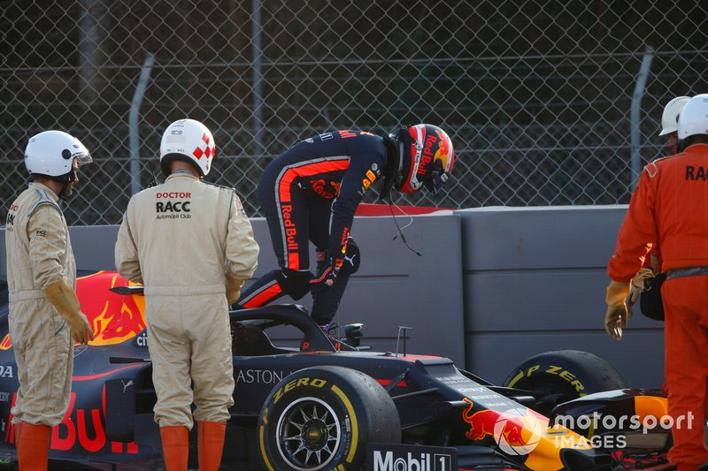 Pierre Gasly, Red Bull Racing RB15 in the gravel after crashing into the barrier