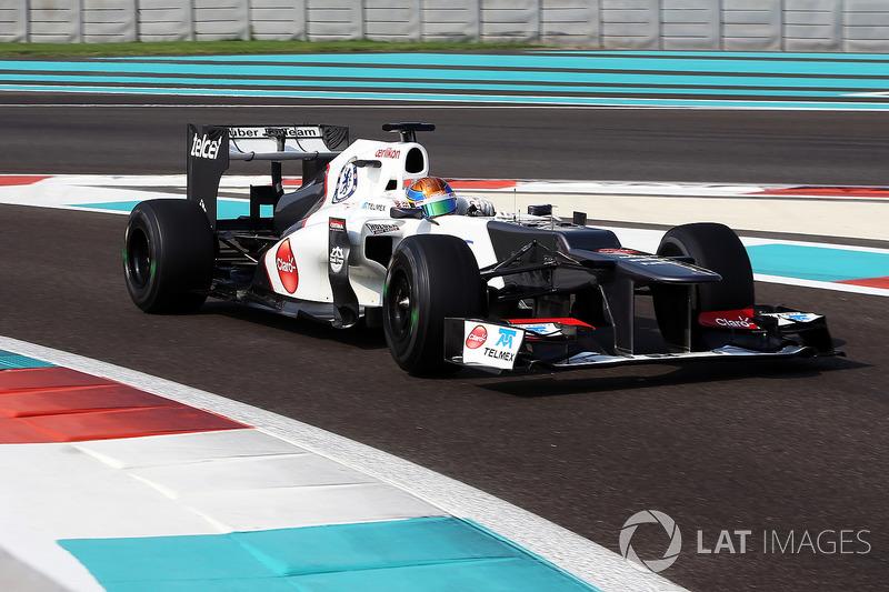"""15. <img src=""""https://cdn-9.motorsport.com/static/img/cfp/0/0/0/100/139/s3/mexico-2.jpg"""" alt="""""""" width=""""20"""" height=""""12"""" />Esteban Gutiérrez, 59 Grandes Premios (2013-2014, 2016), el mejor resultado es el 7° lugar en (Japón 2013)."""