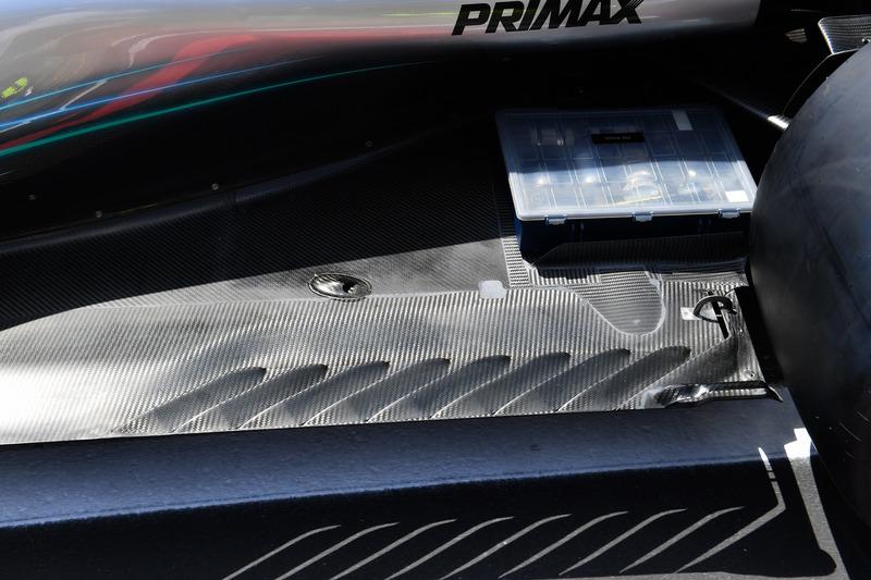 Mercedes-AMG F1 W09 rear floor