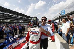 Tony Kanaan, A.J. Foyt Enterprises Chevrolet with Larry Foyt