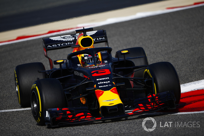 4: Daniel Ricciardo, Red Bull Racing RB14 Tag Heuer, 1'28.398