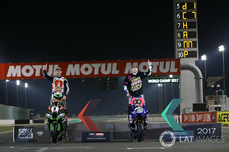WSBK campeón Jonathan Rea, Kawasaki Racing, WSSP campeón Lucas Mahias, TRB Yamaha oficial WorldSSP equipo