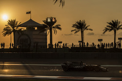 Romain Grosjean, Haas F1 Team VF-17 sparks