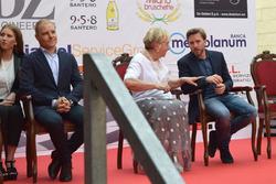 Valtteri Bottas, Mercedes AMG F1, Nick Heidfeld, Mahindra Racing