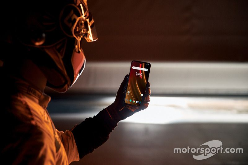 Evento McLaren & OnePlus 'Salute to Speed'