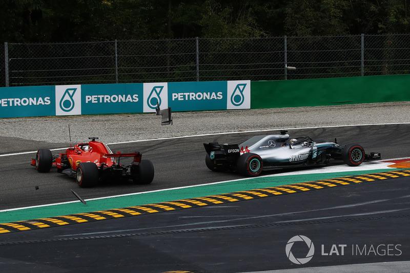El Hamilton más listo y valiente aprovecha la pifia de Ferrari