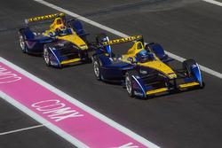 Nicolas Prost, Renault e.Dams and Sébastien Buemi, Renault e.Dams in the pitlane
