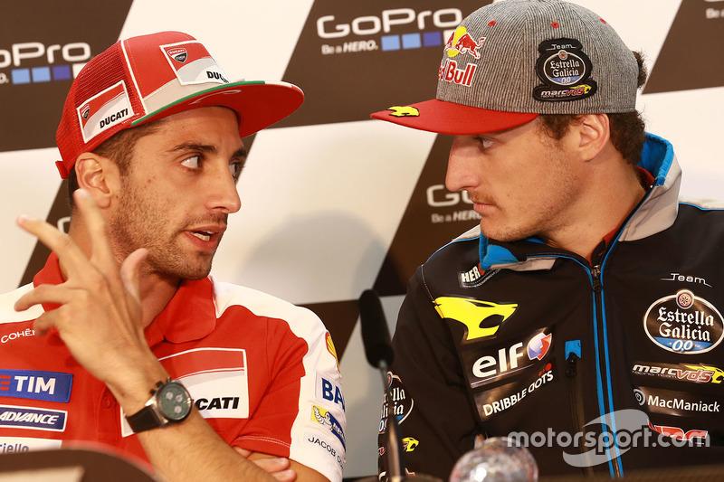 Andrea Iannone, Ducati Team; Jack Miller, Marc VDS Racing, Honda