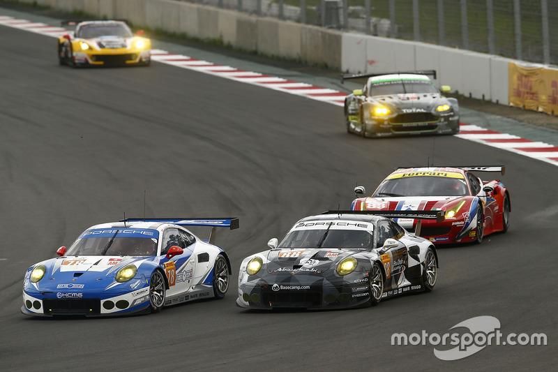 #78 KCMG Porsche 911 RSR: Christian Ried, Wolf Henzler, Joël Camathias, #88 Proton Racing Porsche 911 RSR: Khaled Al Qubaisi, David Heinemeier Hansson, Patrick Long
