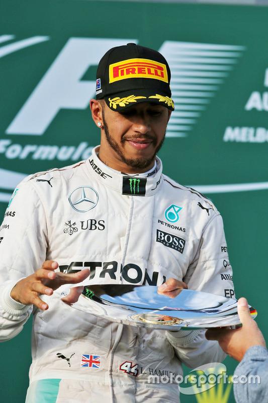 Podium: tweede Lewis Hamilton, Mercedes AMG F1 Team
