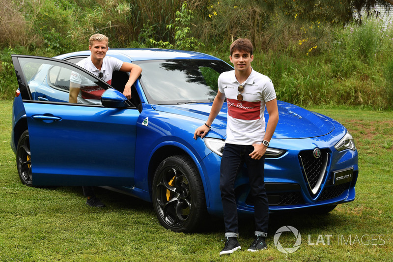 Marcus Ericsson, Sauber e Charles Leclerc, Sauber con una Alfa Romeo Stelvio