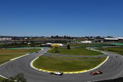 Felipe Massa, Williams FW40 y Fernando Alonso, McLaren MCL32