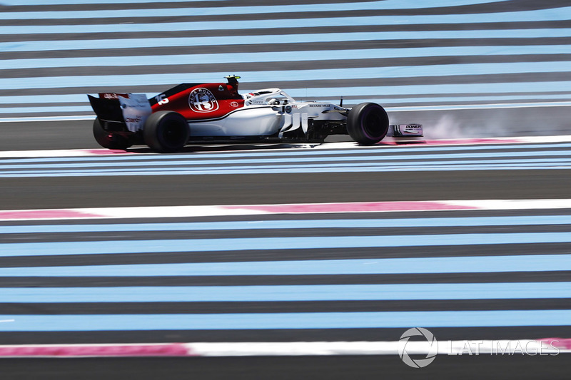Charles Leclerc, Sauber C37, spins