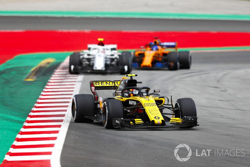 Карлос Сайнс, Renault Sport F1 Team RS18, Шарль Леклер, Alfa Romeo Sauber C37, и Фернандо Алонсо, McLaren MCL33