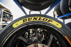 Dunlop tyre grade colour markers