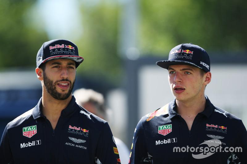 <p> Red Bull Racing </p> <p> Promedio de Edad 24 años </p>