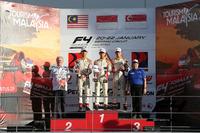 Podium Race 5: Pemenang balapan, Presley Martono (INA); runner-up, Isyraf Danish (MAS); peringkat ketiga, Danial Frost (SIN)
