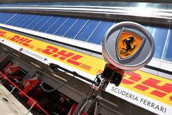 Эмблема Ferrari
