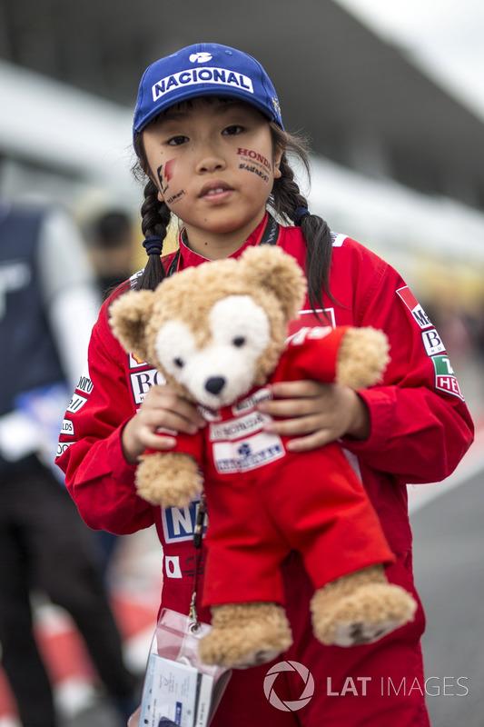 Fan and bear