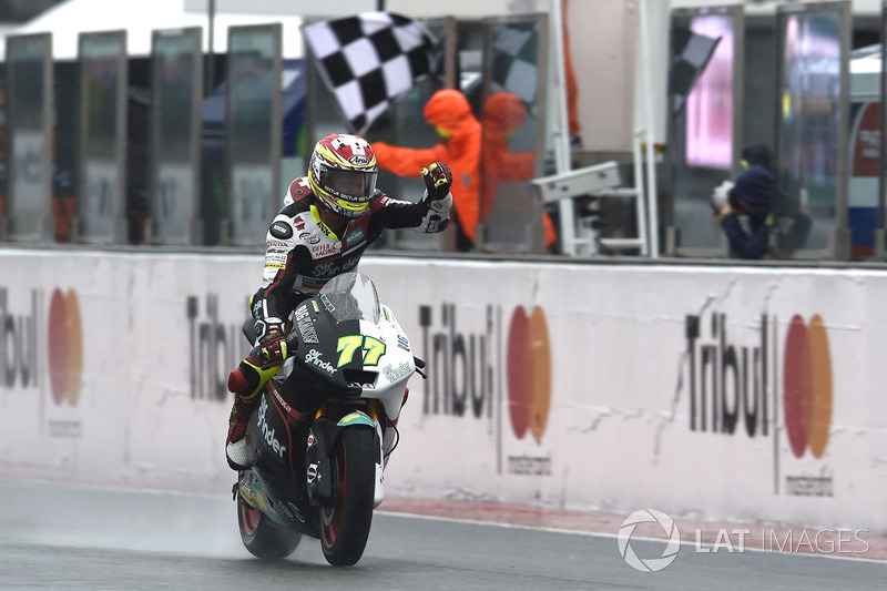 Dominique Aegerter, Kiefer Racing, ganó en Misano y ahora ha sido descalificado