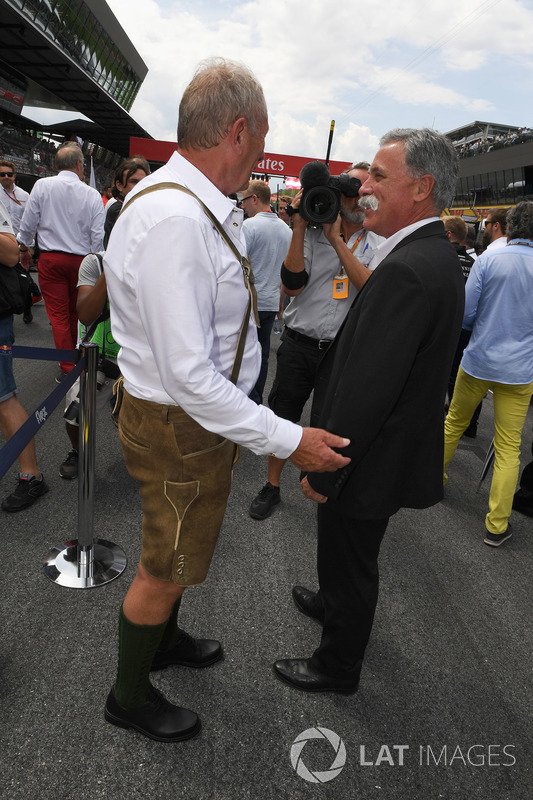 Dr Helmut Marko, Red Bull Motorsport Consultant, Chase Carey, Chief Executive Officer, Executive Chairman of the Formula One Group