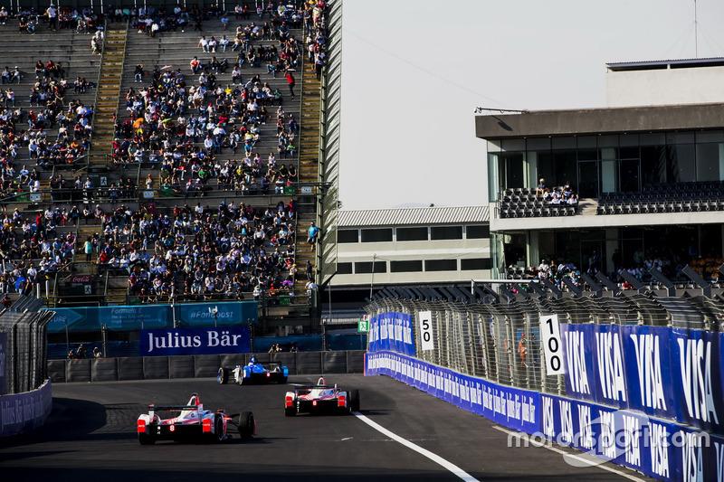 Felix Rosenqvist, Mahindra Racing; Nick Heidfeld, Mahindra Racing