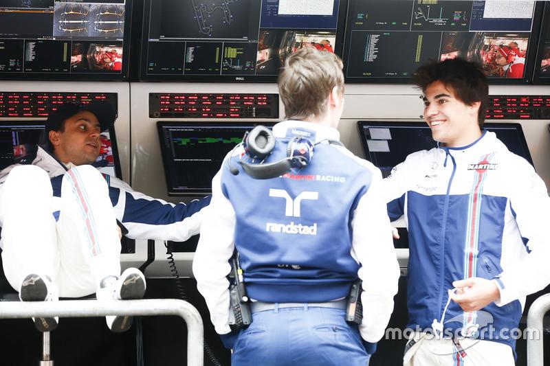 Felipe Massa, Williams, Rob Smedley, Head of Vehicle Performance, Williams, and Lance Stroll, Willia