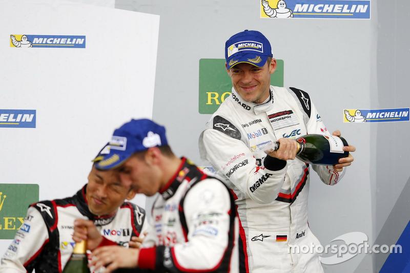 Podium: Andre Lotterer, Porsche Team