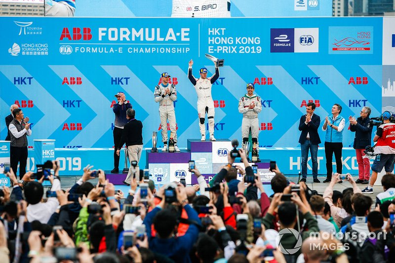 Race winner Sam Bird, Envision Virgin Racing with Edoardo Mortara, Venturi Formula E, 2nd position, Lucas Di Grassi, Audi Sport ABT Schaeffler, 3rd position on the podium