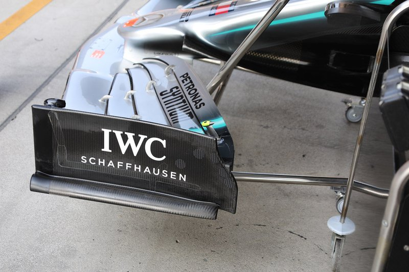 Mercedes AMG F1 W10 revised front wing design